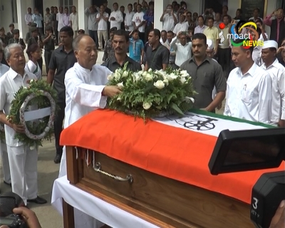 Ministers, Congress leaders and people attend funeral services of veteran politician Rishang Keishing