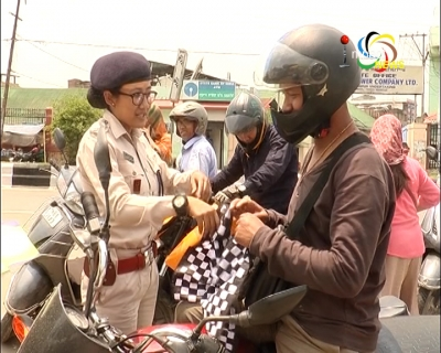 Traffic Police conducts traffic awareness cum drive in Imphal, fine those driving without license